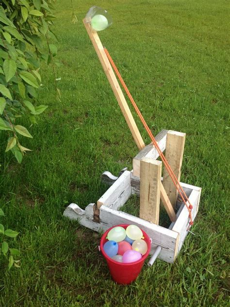 backyard catapult 10 awesome water balloon launchers for summer fun water