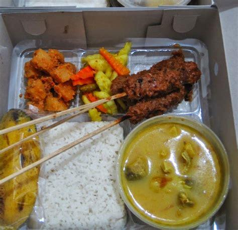 Aqiqah Di Surabaya 4 cara praktis menyusun menu nasi kotak aqiqah nasi kotak surabaya murah