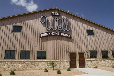 comfort texas restaurants review the well elevates texas comfort food with a