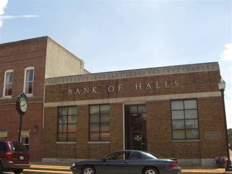 city of bank tn halls tn bank of halls photo picture image tennessee
