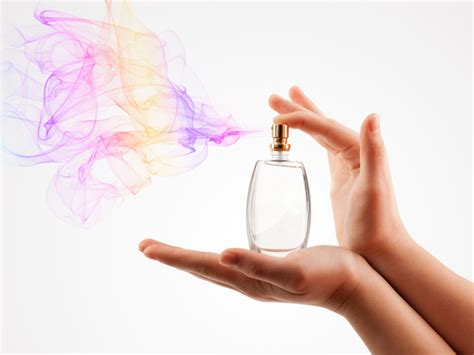 Minyak Wangi Wardah janda simpan bau badan suami dalam botol minyak wangi mynewshub