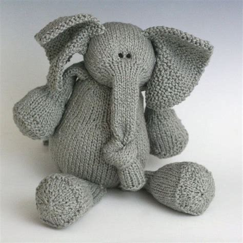 knitting patterns for elephants 94 best images about knitted toys on ravelry