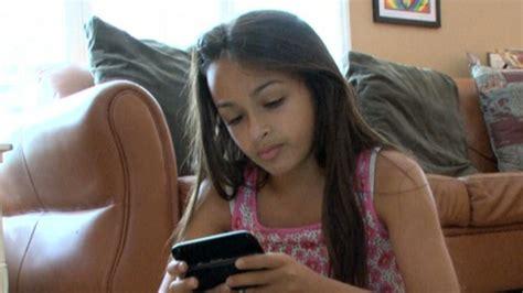 Teen girl help on dating