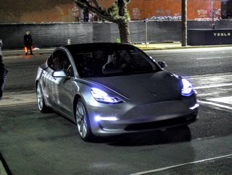 some auto industry suppliers push back against tesla s