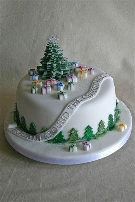 25 best ideas about christmas cake decorations on
