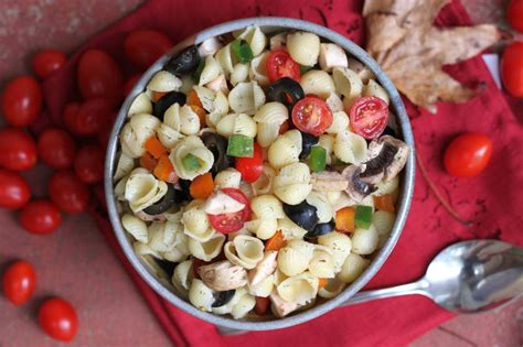 garden vegetable pasta salad from the grapevine