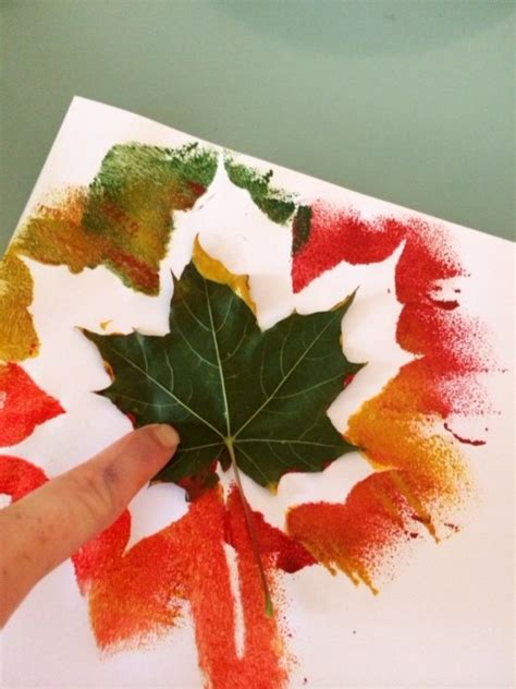 autumn leaves crafts for autumn leaf painting craft ideas for