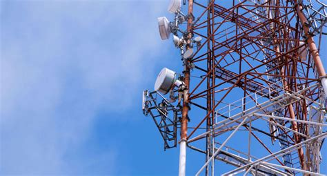 at t and cityswitch sign deal for building and leasing new cell towers beginning in 2018 the