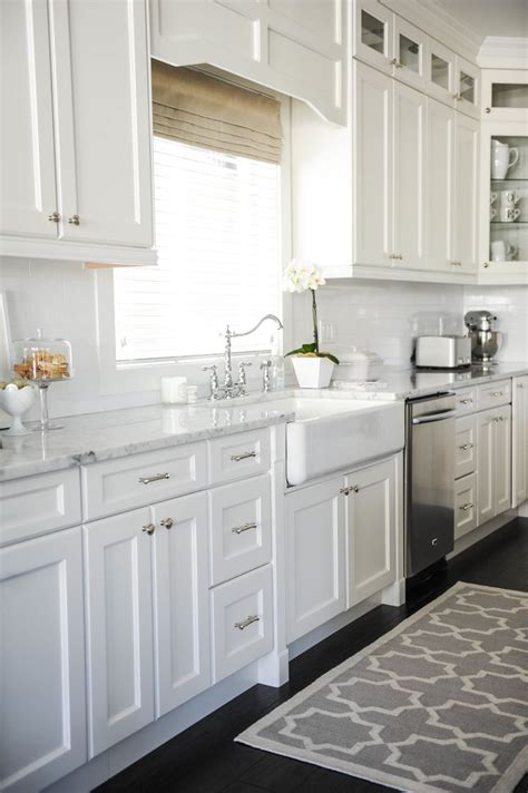 how to make your boring all white kitchen look alive designed