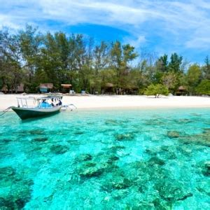 Tour Lombok 4h3m Min 4 7 Pax 1 traditional trip in lombok island tour package