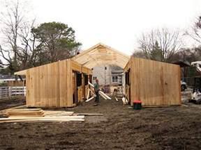 how to build a pole barn cheap how to build a barn on a budget jpg 600 215 450
