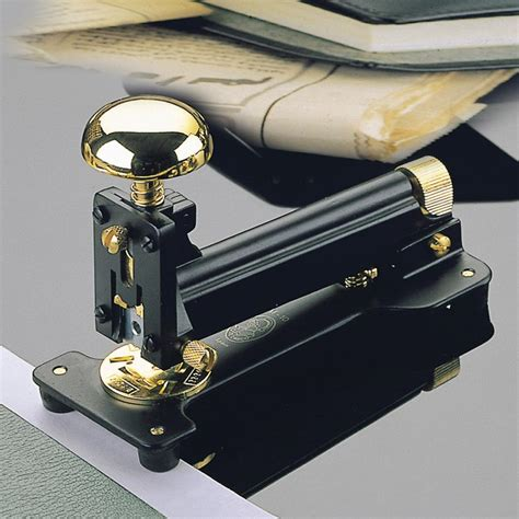 El Casco M10 Medium Desk Stapler Black 23 Carat Gold El Casco Desk Accessories