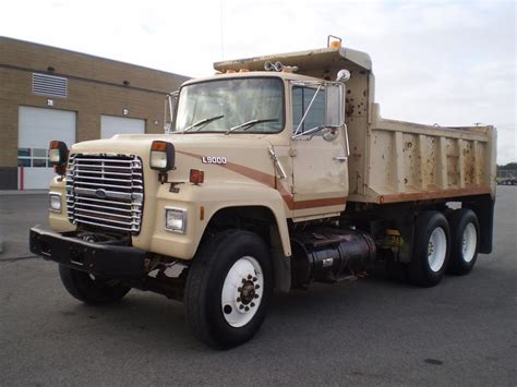 ford l9000 dump truck for sale ford l9000 dump trucks for sale 84 used trucks from 200