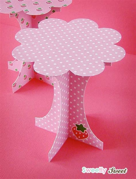 How To Make Cupcake Holders With Paper - 1000 images about cupcake liners wrappers packaging