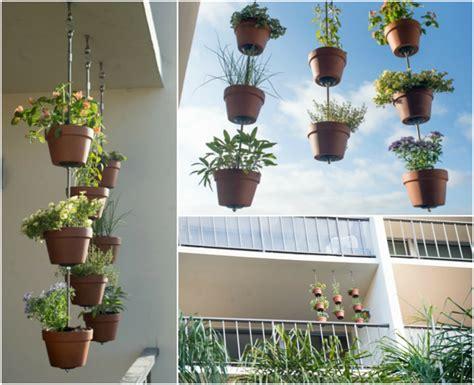 Hängematte Am Balkon Befestigen by Vertikalen Kr 228 Utergarten Anlegen 5 Platzsparende Ideen