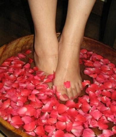 foot tattoo care tips foot makeup style guru fashion glitz glamour style