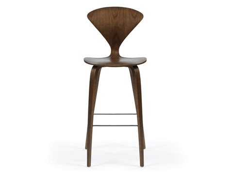 Has Stool by Buy The Cherner Bar Stool With Wooden Base At Nest Co Uk