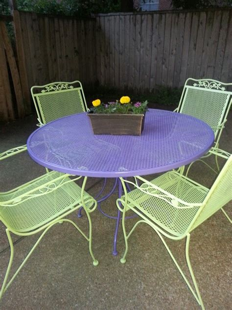 Patio Furniture Makeover by 17 Best Ideas About Patio Furniture Makeover On