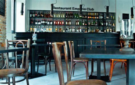 cercasi cameriere roma cercasi barman roma testaccio lavoro barman