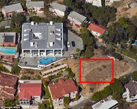 having sex in the backyard millionaire residents of posh hollywood hills neighborhood