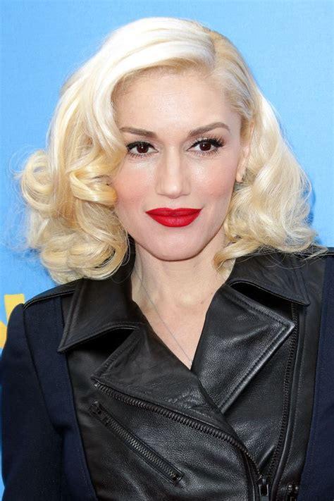trend light hair dark eyebrows blonde hair dark eyebrow celebrity trend