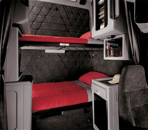 Truck Sleeper Interior by Semi Truck Sleeper Cab Interior