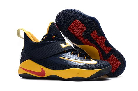 Promo Sepatu Basket Nike Lebron Soldier 11 discount nike lebron soldier 11 low navy blue yellow