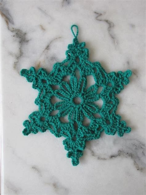 crochet snowflake pattern beginner 1000 ideas about snowflake pattern on pinterest crochet