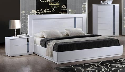 bedroom set with mirror headboard mirrored bedroom set marceladick com