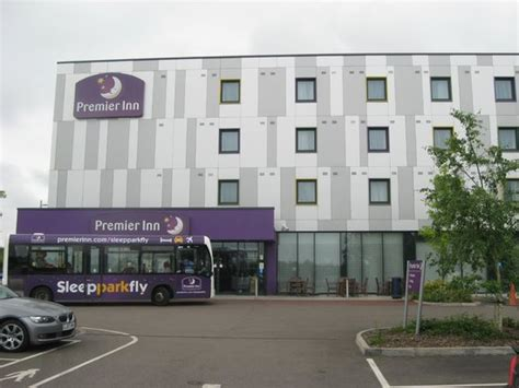 premier inn stansted the exterior picture of premier inn stansted airport