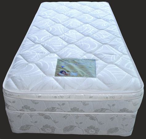 Mattress Manufacturers Melbourne by Weaver Gold White Mattress Bed Ensemble Brand New