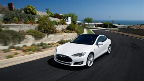 Tesla Car Company Owner Tesla Model S Owners Can Name Their Car 183 Guardian Liberty