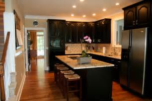 Kitchen Ideas With Dark Cabinets by Simple Tips For Painting Kitchen Cabinets Black My