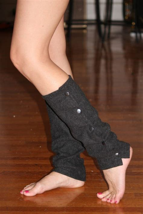 diy warmers diy projects leg warmers for winter pretty designs
