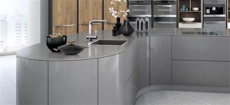 encimeras para cocinas blancas ventajas y desventajas de una encimera de silestone para