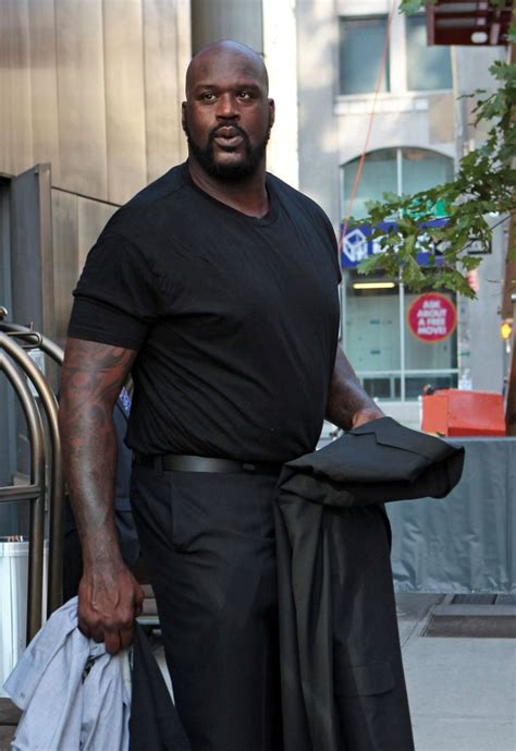 shaquille o neal tattoos shaquille o neal photos photos shaq leaves his hotel