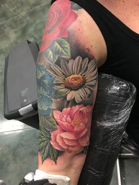 rose and daisy tattoo best 25 designs ideas on forearm