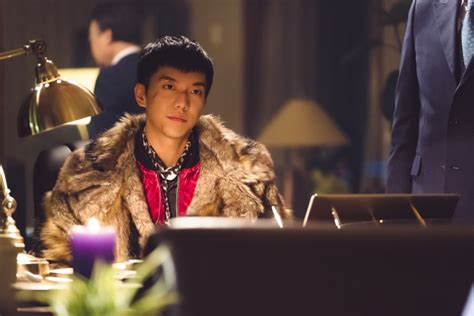 lee seung gi soompi forum lee seung gi causes trouble and ends up with a scarred