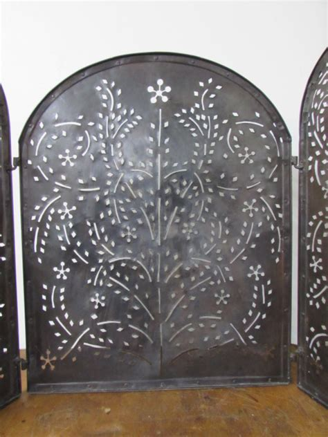 Tri Fold Fireplace Screen by Lot Detail Ornate Tri Fold Fireplace Screen