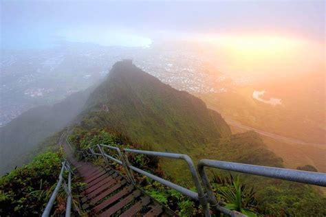 swinging heaven usa the haiku stairs hawaii s forbidden stairway to heaven