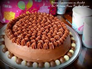 gateau d anniversaire au chocolat par docteur chocolatine