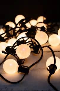 Pearl White Globe String Lights Set Of 25 G40 Indoor Pearl String Lights