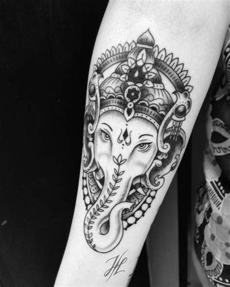ganesha tattoo unterarm die besten 25 ganesha tattoo forearm ideen auf pinterest