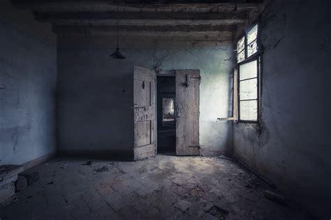 rooms doors horror kompletlsung ruin full hd wallpaper and background 1920x1282 id 664316