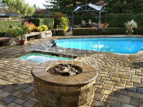 Backyard Brick Fireplace Fire Pits Outdoor Backyard Amp Patio Fire Pit Solutions