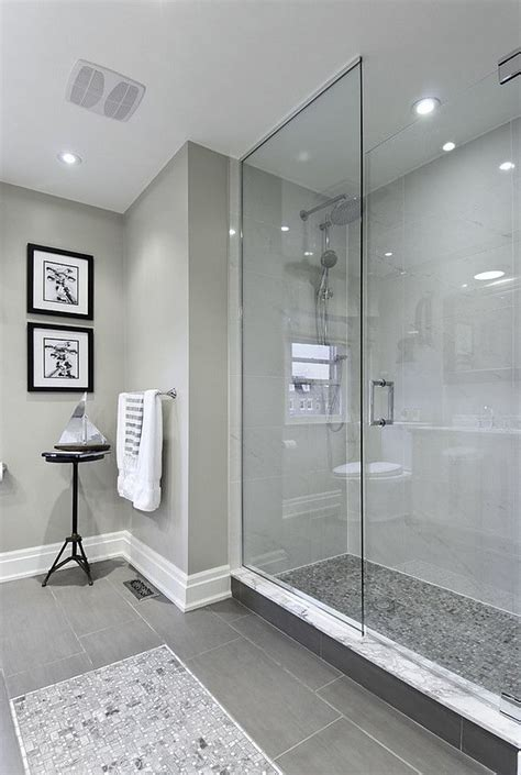 bathroom shower floor ideas 25 best ideas about gray bathrooms on