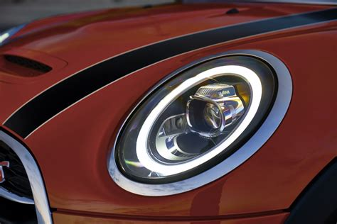 lights of the world 2018 world premiere 2018 mini hardtop and convertible facelift