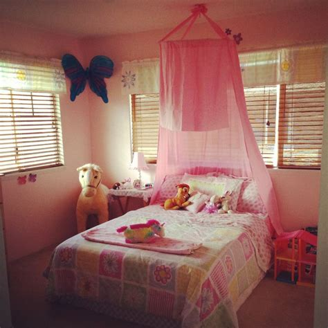over the bed canopy diy no sew canopy over my daughter s bed using a hula