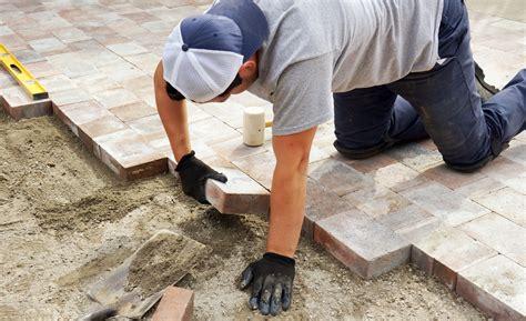 posatore piastrelle piastrelle e pavimenti autobloccanti per esterno prezzi