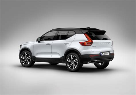 buy new volvo volvo xc40 compact suv takes aim at german rivals